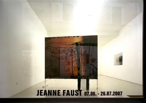 Exhibiton view, Jeanne Faust, 2007