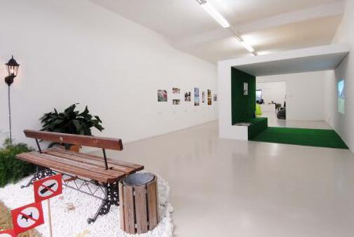 Exhibition view, StadtRäume-spazi urbani, 2007